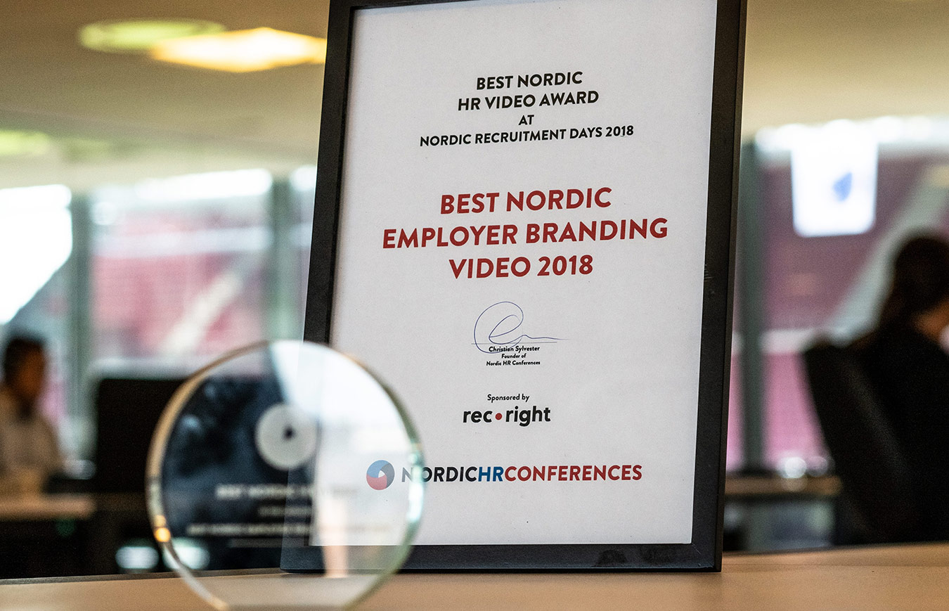 eloomi awarded for the best employee video